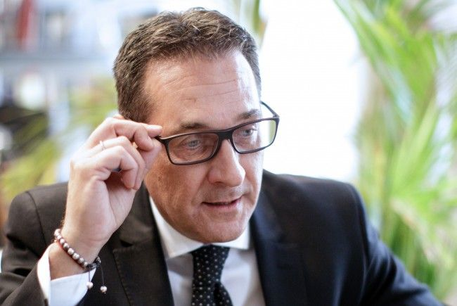 FPÖ-Chef Heinz-Christian Strache im Interview