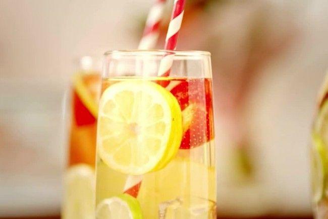 Dieser Drink hilft beim Abnehmen