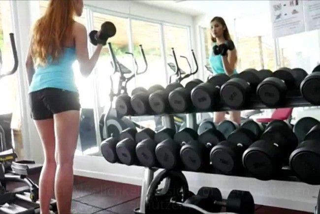 So viele Bakterien lauern wirklich im Fitnessstudio