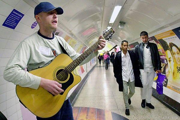 In Londoner U-Bahn-Stationen wird bereits musiziert