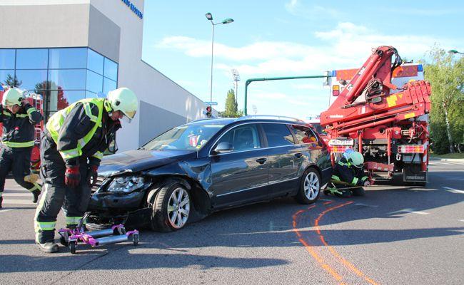 An der gleichen Kreuzung kam es an einem Tag zu zwei Unfällen.