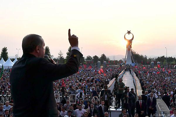 Erdogan kann weiter per Dekret regieren