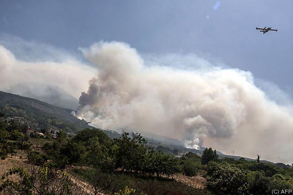 Waldbrände bei Neapel