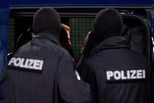 """""""Asyl in Not"""" kritisiert das Vorgehen der Wiener Polizei bei der Abschiebung."""