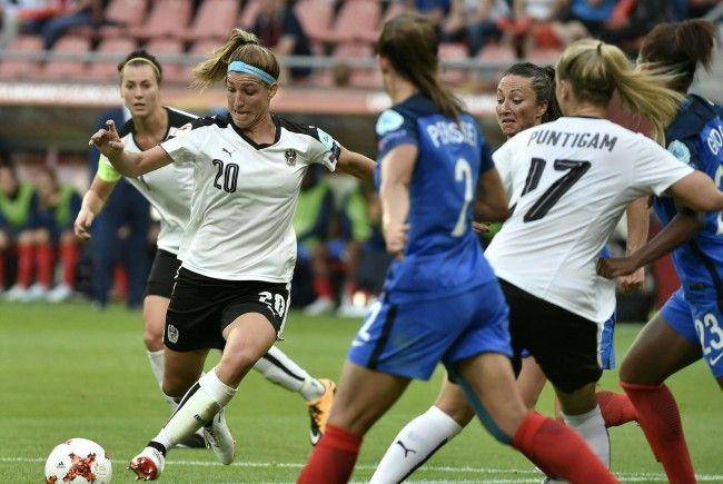 Österreichs Frauen stehen kurz vor dem großen Erfolg des Einzugs in die K.o.-Phase der EM.