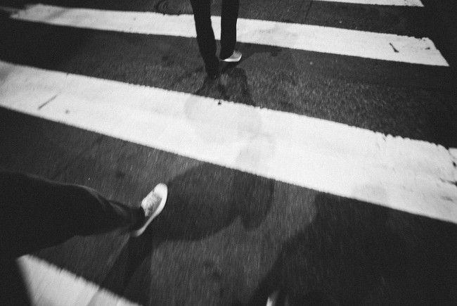 Eine Fußgängerin wurde in Wien-Margareten von einem Auto erfasst.