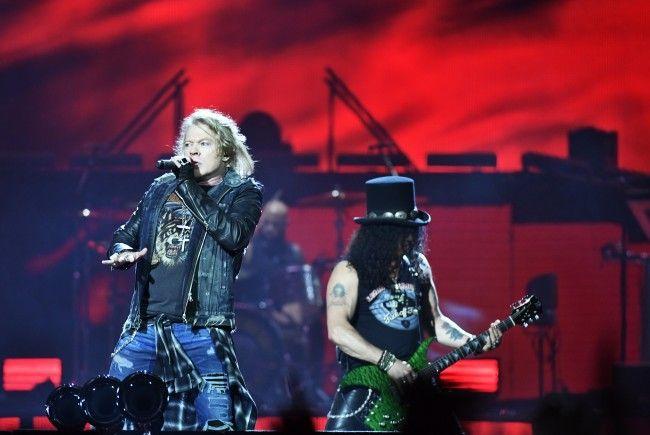 Axl Rose und Slash von Guns N' Roses, hier beim Konzert Ende Juni in Stockholm.