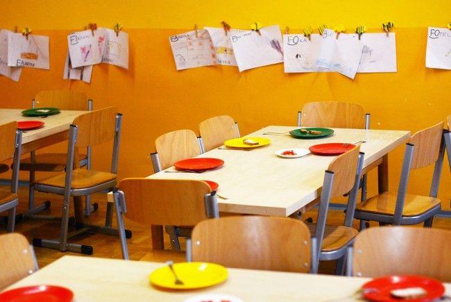 In einem Kindergarten in Wien-Meidling kam es zu einem schweren Raub.