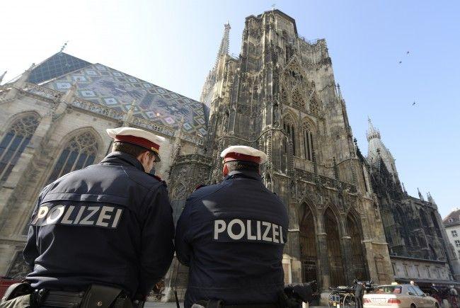 Mordversuch in Wien-Mariahilf: Polizei fahndet nach Verdächtigem