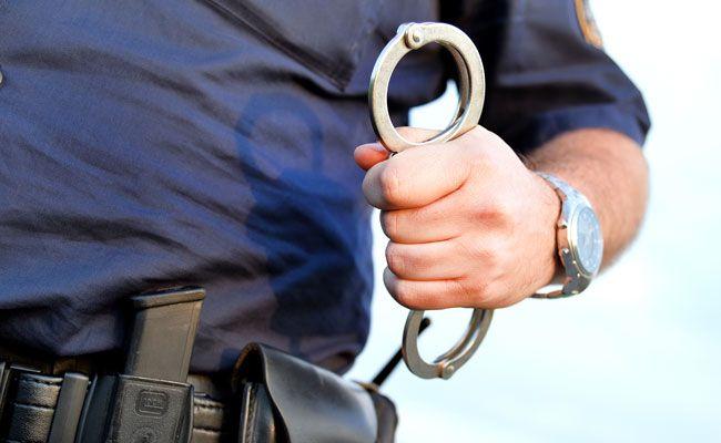 Der alkoholisierte Radfahrer wollte flüchten und wurde festgenommen.