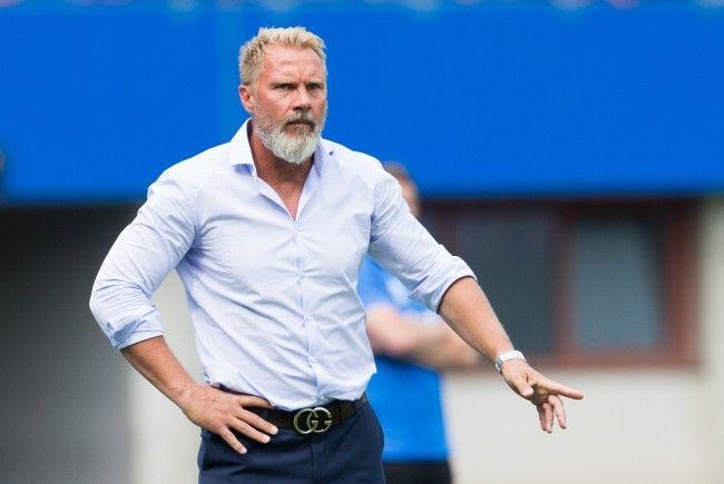 Fußball: Austrias EL-Rückspielwurde nach Tumulten unterbrochen