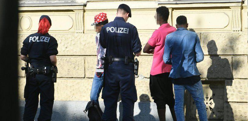 2017 über 1.200 Dealer festgenommen