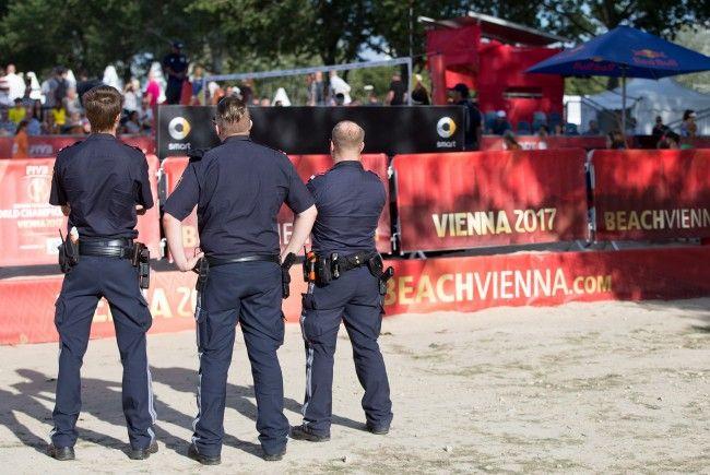 Die Wiener Polizei bilanzierte eine ruhige Beach Volleyball WM. Es kam zu vier Festnahmen.