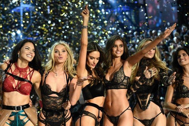 Nach und nach erfährt man, welche Models bei der Victoria's Secret Fashionshow 2017 laufen dürfen.