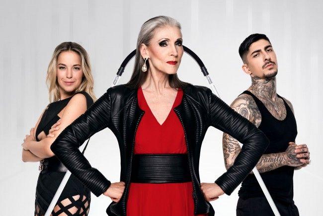 """Eveline Hall, Marina Hoermanseder und Daniel Bamdad bei """"Austria's Next Topmodel""""."""