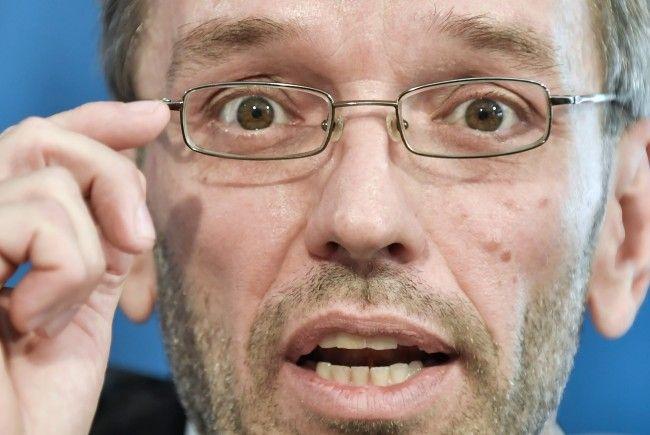 FPÖ-Generalsekretär Herbert Kickl bleibt bei der Forderung