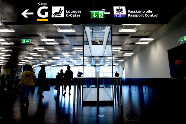 Eine Urlauberin wurde am Flughafen Wien bestohlen