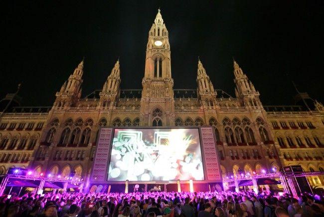 Der Höhepunkt des Vienna Summerbreak Festivals steigt am Wiener Rathausplatz.