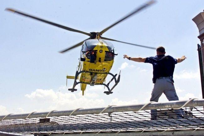 Die neunjährige Schwester der Frau wurde ins Krankenhaus geflogen.