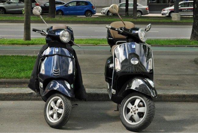 Vor allem die Rollerfahrer verzichten in der Stadt oft auf entsprechende Schutzkleidung.