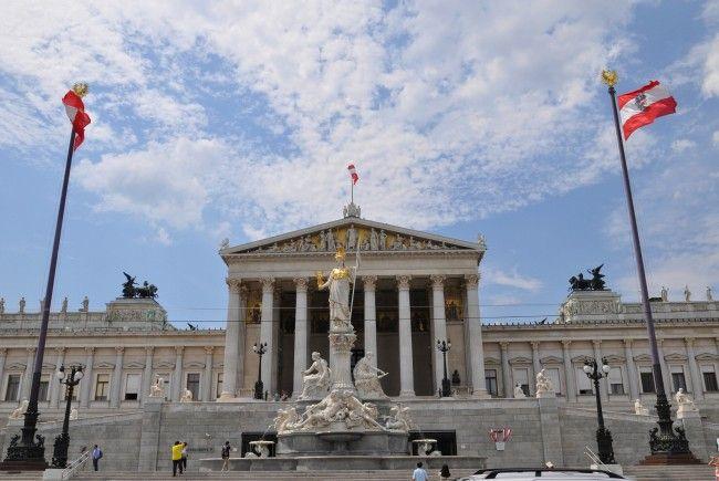 Die Sanierung des Parlamentsgebäudes in Wien läuft nach Plan.