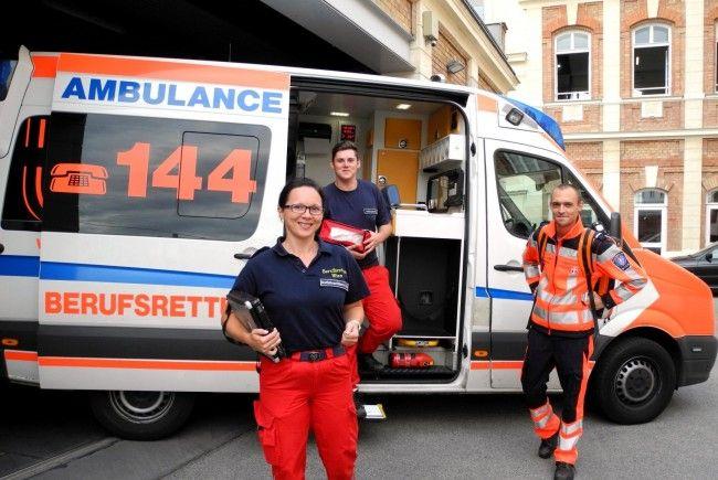 Sanitäter der Berufsrettung Wien wurden zu zwei Geburten in einer Schicht gerufen.