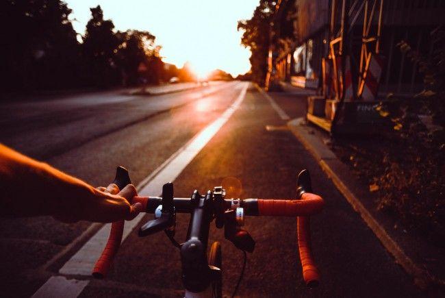 Die 49-Jährige flüchtete auf einem Fahrrad.