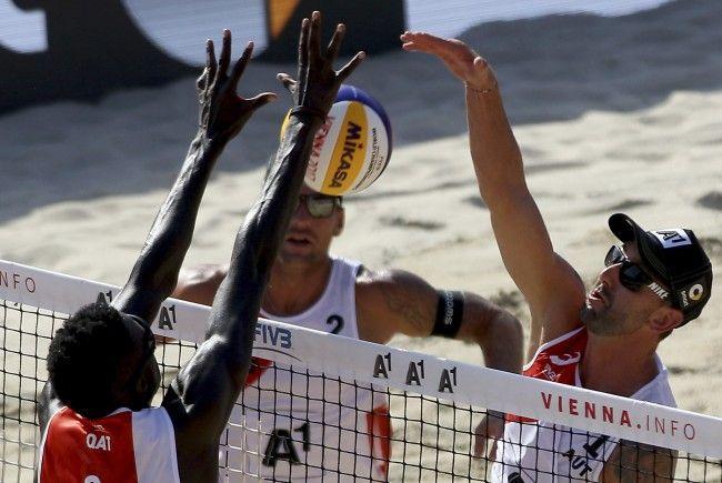 Clemens Doppler und Alex Horst stehen im Viertelfinale der Beachvolleyball WM in Wien.