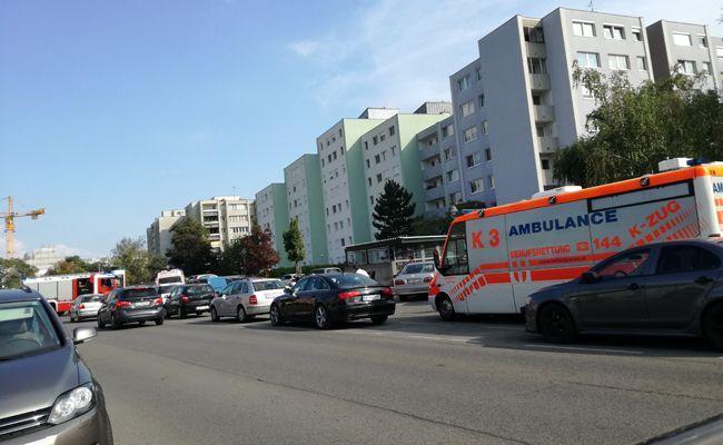 In der Kaiserebersdorferstraße kam es zu einem Zimmerbrand.