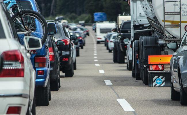 Unnötige Wartezeiten können vor allem an Grenzübergängen vermieden werden.