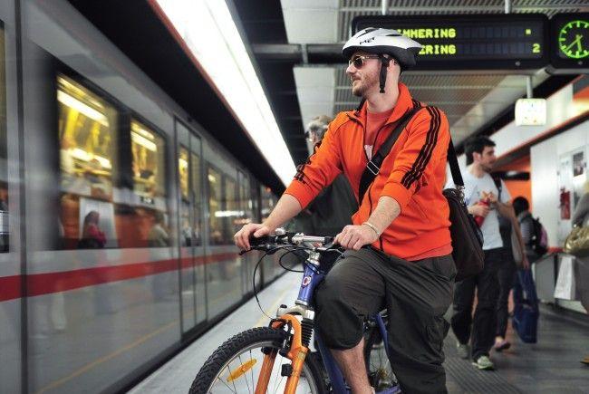 In welchen Wiener Öffis und unter welchen Bedingungen darf man ein Fahrrad mitnehmen?