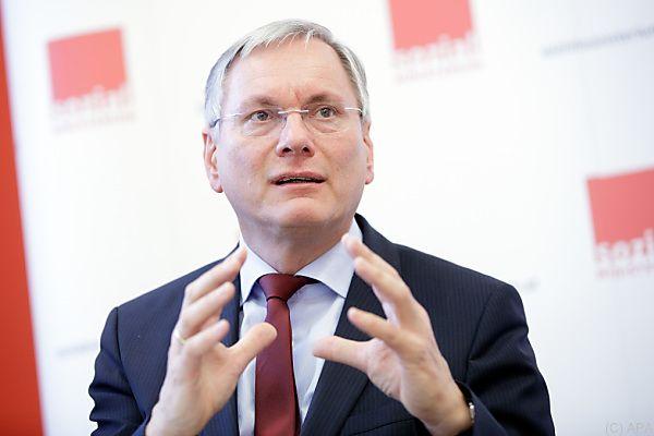 Stöger will etwas für ältere Arbeitslose tun