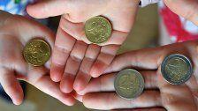 Österreicher begrüßen frühe Gelderziehung