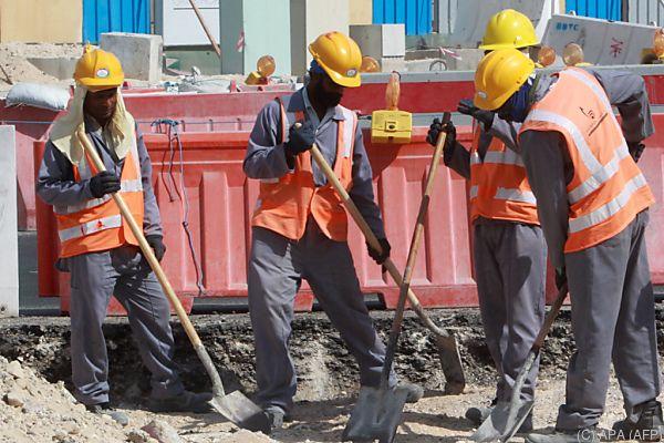 Todesfälle unter Arbeitern werden in Qatar nicht untersucht