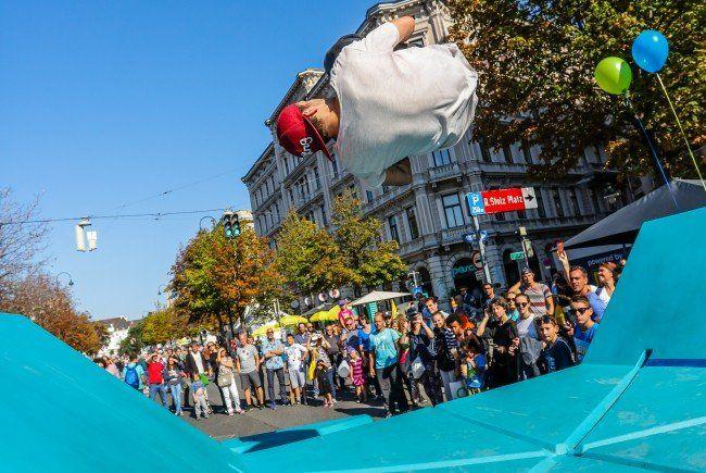 25.000 Menschen besuchten das Wiener Straßenfest im Vorjahr.