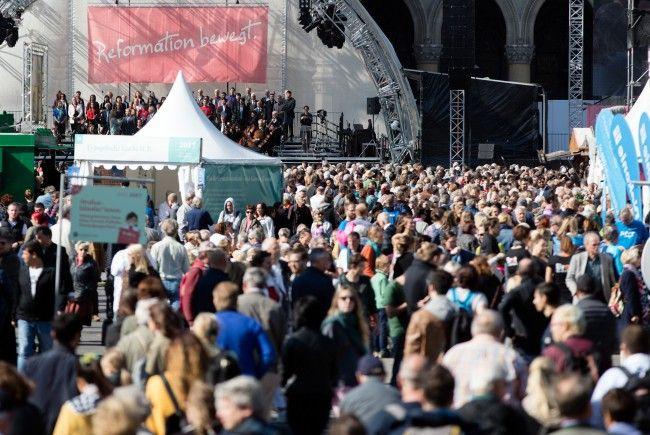 Das Fest am Rathausplatz war gut besucht