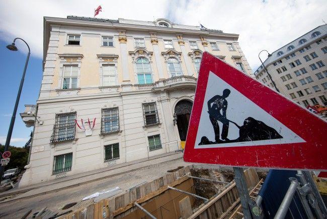 Zusätzliche Poller statt der Anti-Terror-Mauer sollen nun kommen