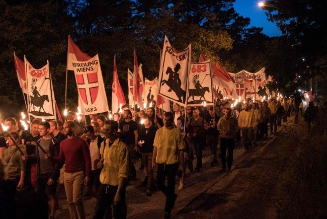 Bei der Identitären-Demo am Wiener Kahlenberg