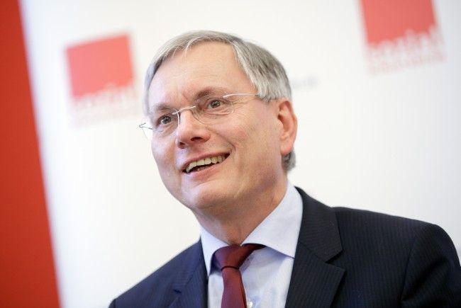 Sozialminister Stöger übermittelte einen Gesetzesentwurf zur Gleichstellung von Arbeitern und Angestellten an Mahrer.