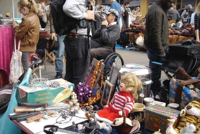 Seit 40 Jahren gibt es den Flohmarkt am Naschmarkt.
