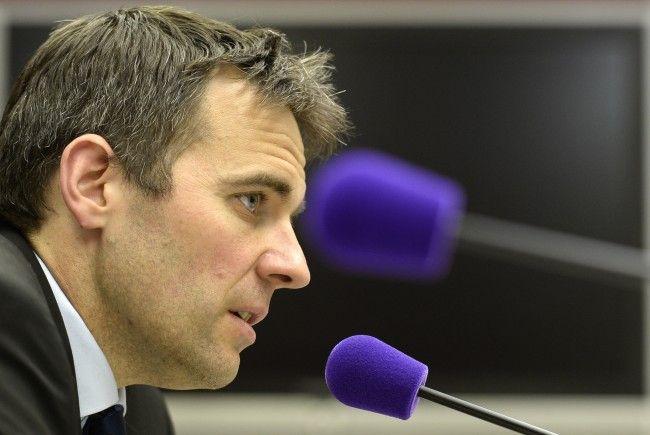 AG-Vorstand Kraetschmer kann sich auf einen Geldregen für die Austria freuen.