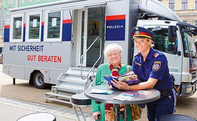Der Präventionsbus der Wiener Polizei ist wieder unterwegs.