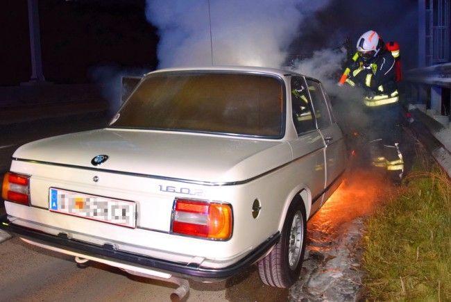 Einsatz beim Brand des Oldtimers auf der A2