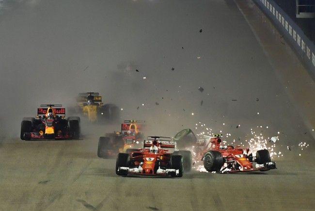 Der Singapur-GP endete bereits am Start mit einem Desaster für Ferrari.