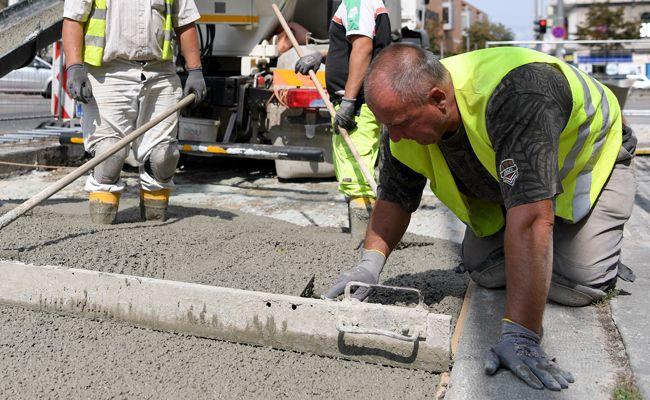 Vor allem Ältere und Ausländer profitieren vom Beschäftigungsaufschwung.