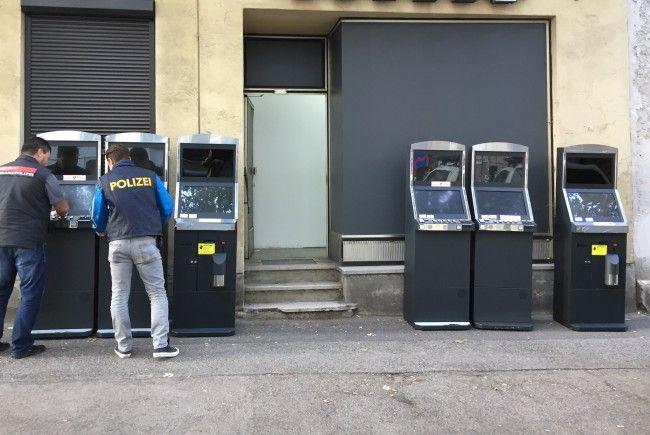 Sechs illegale glücksspielautomaten wurden in Penzing sichergestellt.