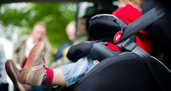 Der Zweijährige blieb bei großer Hitze im Auto zurück