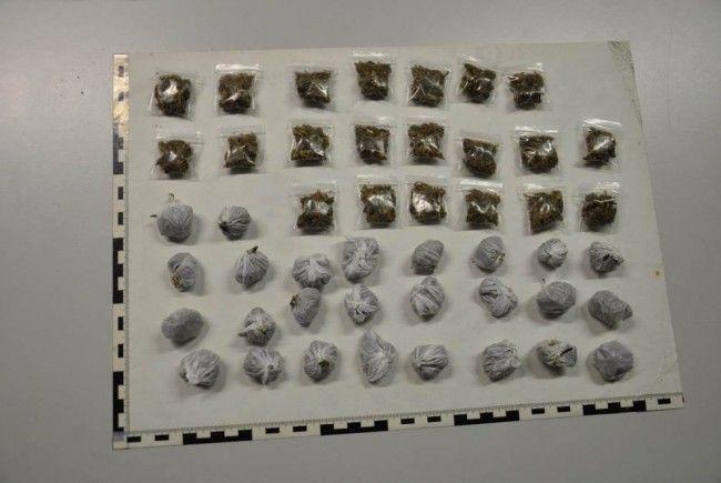 Die Wiener Polizei hat verbotene Substanzen beschlagnahmt.