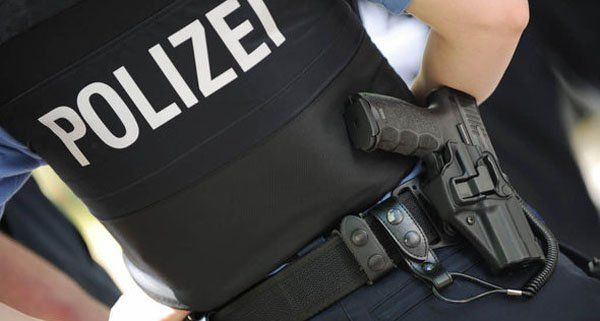 """Polizist soll bei soll bei Grenzkontrolle gegenüber Wiener Ehepaar von """"300.000 Kanaken"""" gesprochen haben"""