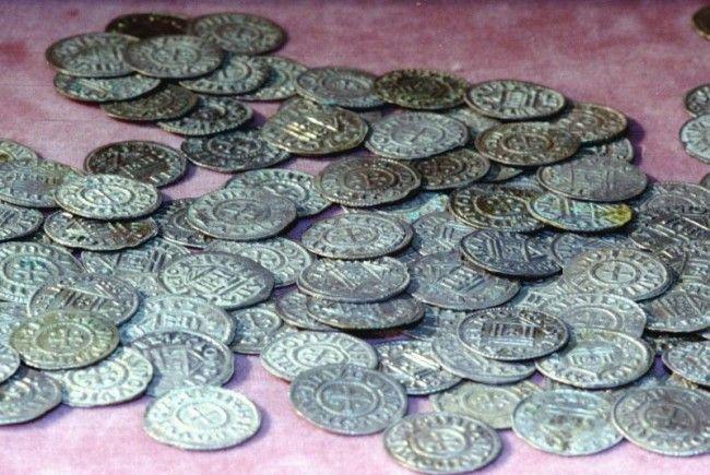 Münzen und Schmuck aus Silber wurden auf Sylt gefunden
